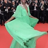 2017 Lupita Nyong'o Celebrity Dresses A-line Deep V-neck Half Sleeves Green Flowers Long Evening Dresses Red Carpet Dresses