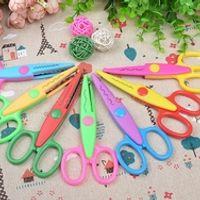 1000PCS NEW Kids Scissors for DIY Photo Album Handmade 6 Patterns Laciness Scissors for Photo Album Card Decorative DIY Scissors