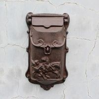 DesserXixi Rustic Cast Iron Mail Mailbox Metal Letters Post