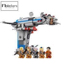 Mailackers M01002 Resistance Bomber 873Pc