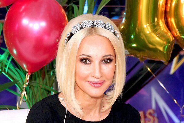 Лера Кудрявцева показала первые подарки для новорожденной дочки