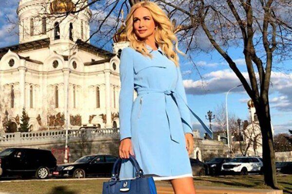 Где найти сумку как у Виктории Лопыревой?