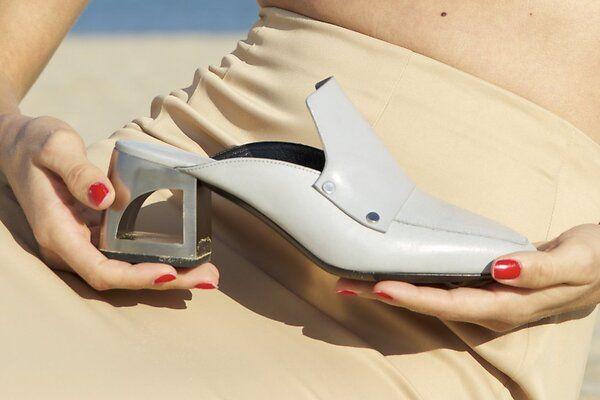 Мюли: где купить самую модную обувь этого лета