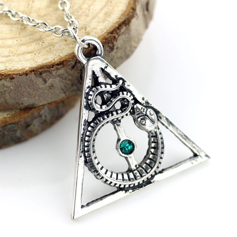Wellcomics Harri Potter Heiligtümer des todes Slytherin Nagini Horkrux Symbol Metall Anhänger Halskette Kette Ornament Cosplay Sammlung