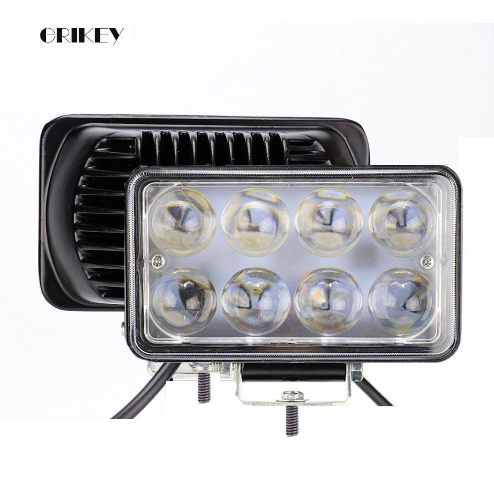 Lampe de voiture de LED d'inondation de tache carrée de lumière de travail de 4 pouces 24 W LED pour le camion de moto de véhicule hors route 12 V 24 V