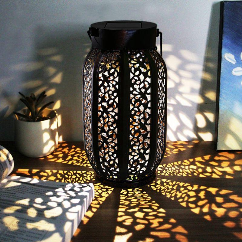 Outdoor Waterproof Solar Lantern Hanging Solar Flame Lights Retro Lantern For Outdoor Decorative Lights Decoration Equipment