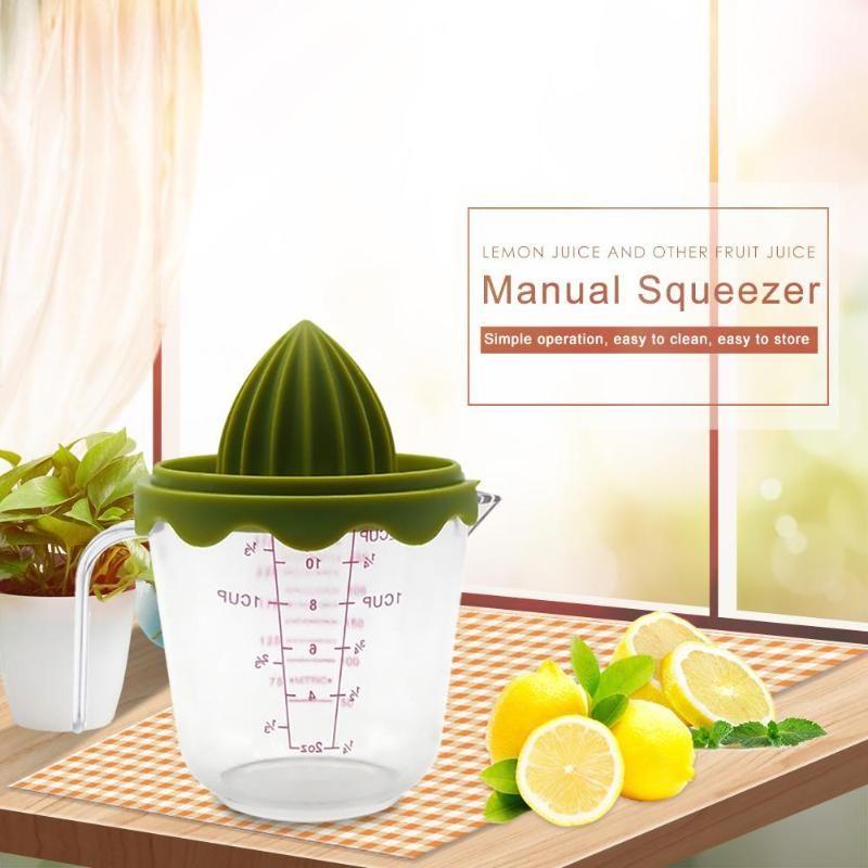 Kunststoff Entsafter Orange Zitrone Saft Tasse Manuelle Squeezer Haushalt Manuelle Entsafter Messbecher Küche Geräte
