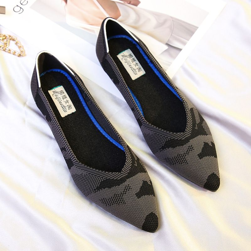 Women Flat Shoes Casual Slip On Cloth Shoes Ladies Loafer For Lady Pointed Toe Fashion Plus Size Espadrilles Female Footwear new