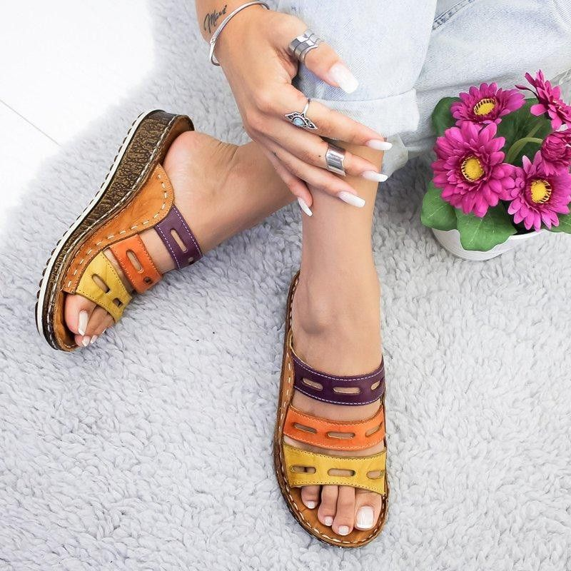 Explosion models sandals female 2019 new large size wedge with thick-bottom color matching casual Roman ladies slippers