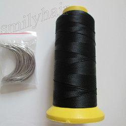 Livraison gratuite 50 pcs 6.5 cm longueur C type tissage aiguilles Courbes aiguilles et 1 rouleau Bobines de Nylon fil de tissage pour les cheveux trame
