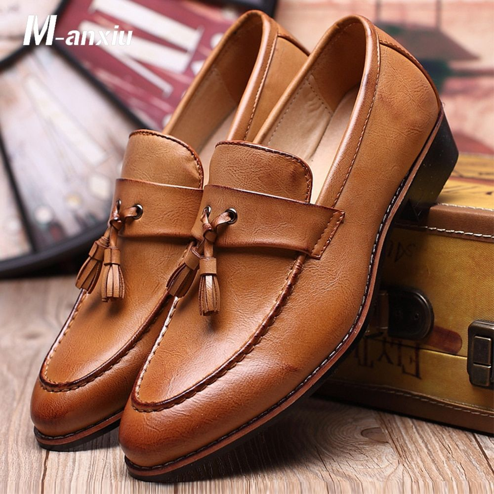 M-anxiu Men Shoes Fashion Leather Doug Casual Flat Tassels Slip-On Driver <font><b>Dress</b></font> Loafers Pointed Toe Moccasin Wedding Shoes