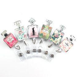 2017 Haute Qualité Mignon Acrylique Parfum Multifonction Rétractable Bobine Pour Bus Titulaire de la Carte de Crédit