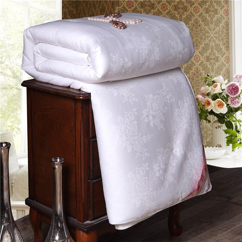 Super Soft Warm Spring Summer Comforter Natural Mulberry Silk Jacquard Quilt Luxury Home Blanket Single Double Size Comforters