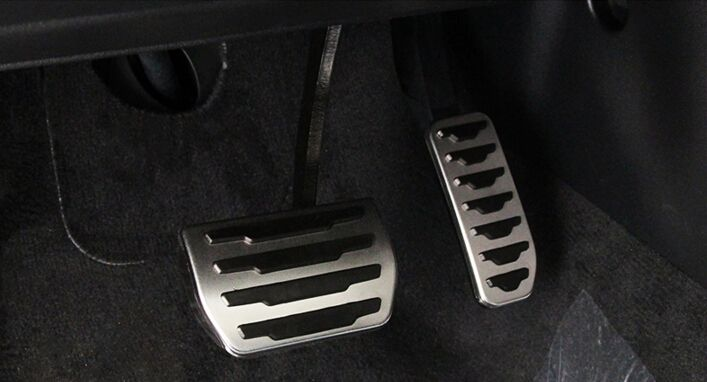 No Drilling ! 2pcs Fuel Gas Brake Foot Pedal Pad Plate Kit Set AT For Land Rover Discovery Sport 2014 2015