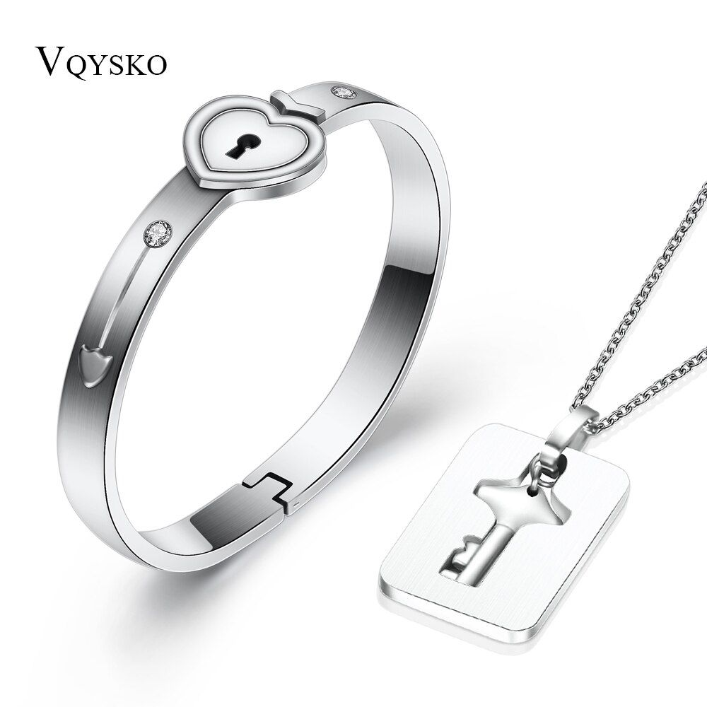 Fashion A Couple Jewelry Sets For Lovers Stainless Steel Love Heart Lock Bracelets Bangles Key Pendant Necklace Couples Set