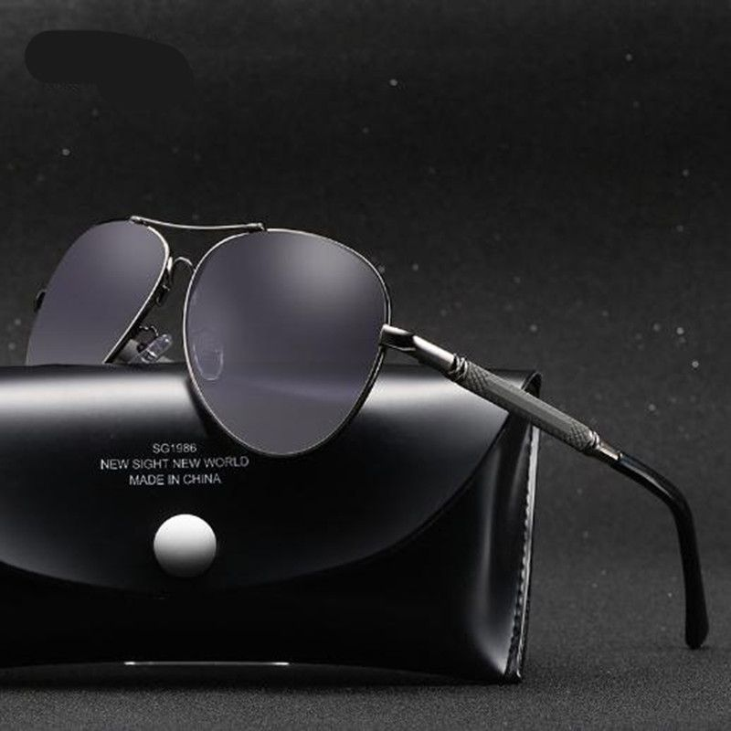 Aabbye 2017 nuevo estilo caliente macho y hembra soporte de memoria de la serie de la película de color gafas de sol polarizadas gafas de conducción gafas de pesca
