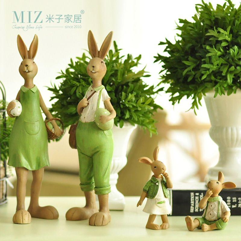 Miz 1 pièce maison vert mignon lapin famille noël amis fille résine cadeau pour enfant poupée Micro paysage Anime Figures