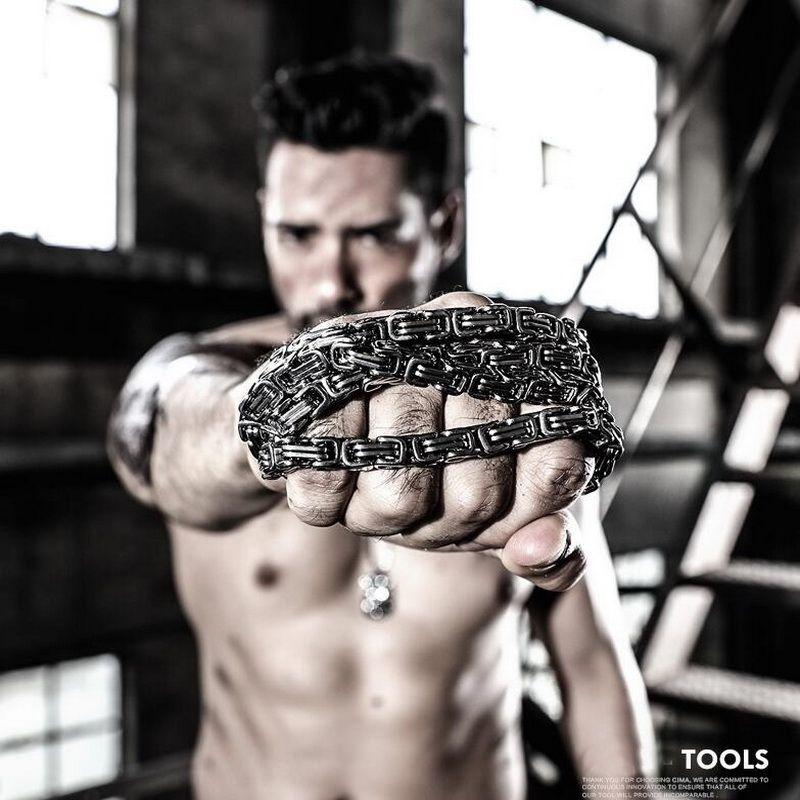 Outils de bracelet en acier titane pour hommes en Europe et aux états-unis, chaîne multifonctionnelle EDC extérieure. Radioprotection