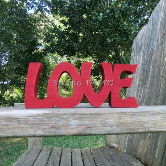 Madera amor regístrate shelf sitter o colgar de la pared elección de colores liberan el envío