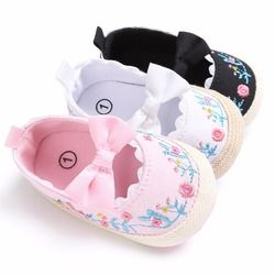 Puseky 2017 Toddler Newborn Baby Crib Shoes Bow Embroidery Princess Baby Soft Sole Anti-Slip Prewalker For Baby Girls First Walk