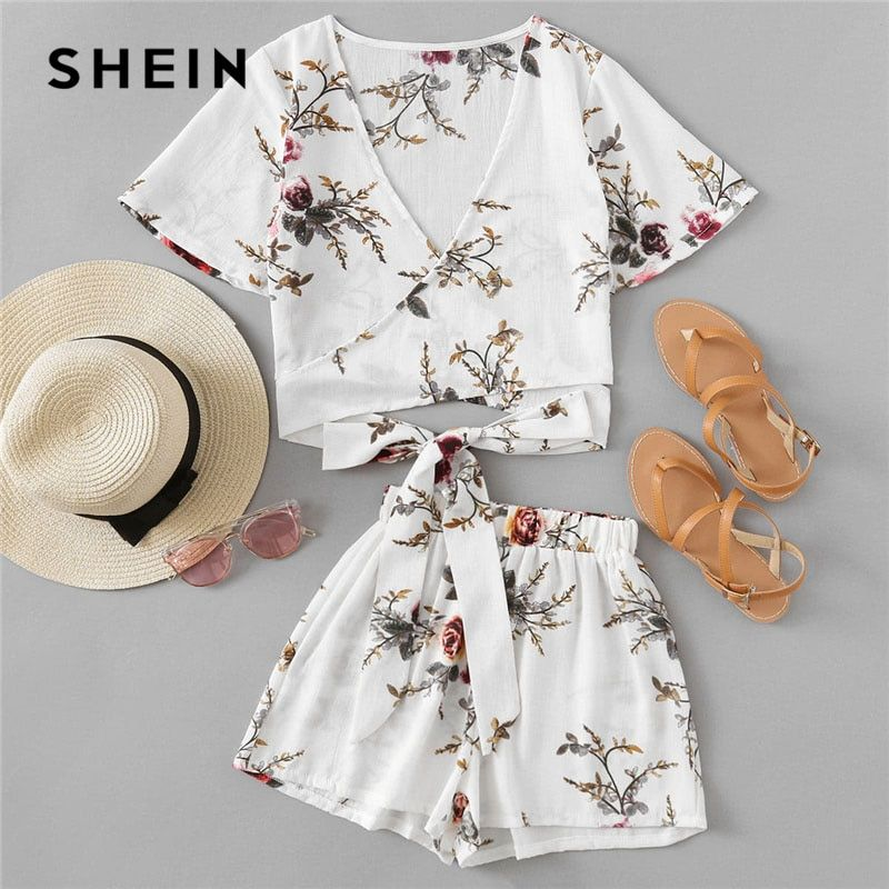 SHEIN Casual Allover Florals Crisscross Tie Bow Top With Shorts 2018 Summer Women V neck Short Sleeve Beach Boho 2 Pieces Sets