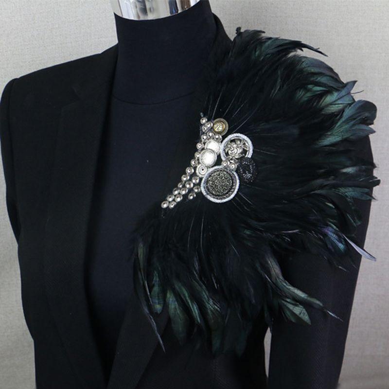 Boutonnière Clips collier broche broche mariage Bussiness costumes Banquet broche noir plume ancre fleur Corsage fête Bar chanteur