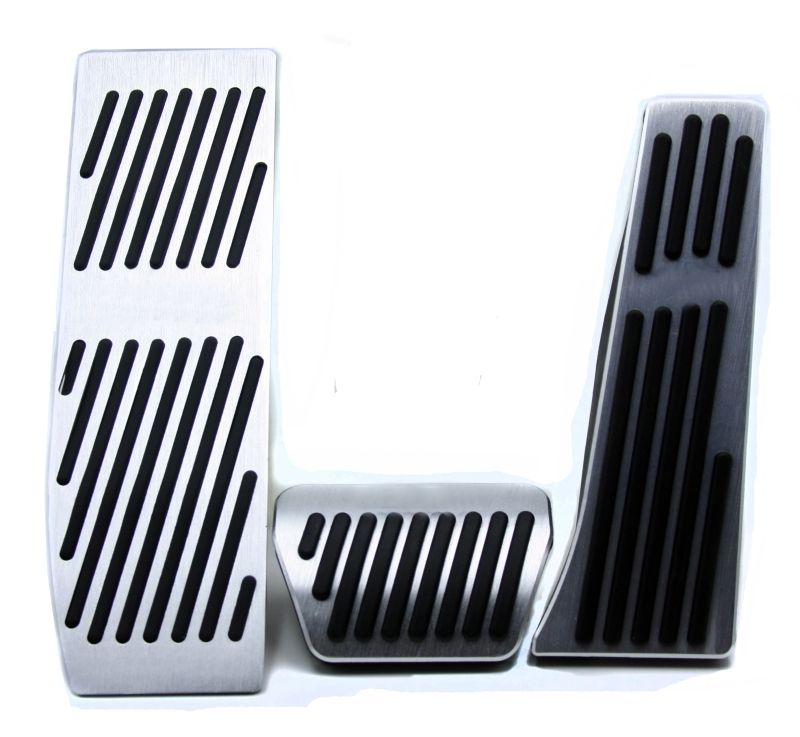 Non-drilling Aluminium Alloy Accelerator Gas Brake Footrest Pedal Pads For BMW E90/ New 1 3 5 series MT Free Shipping with logo