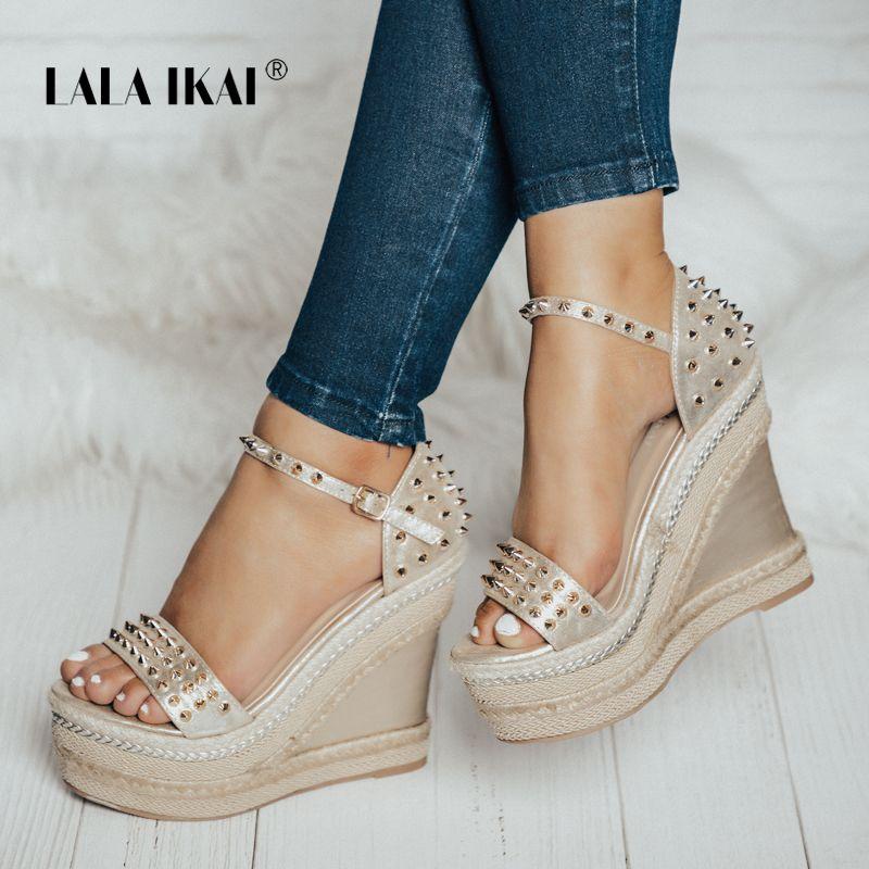 LALA IKAI Buckle Open Toe Wedge Sandals High-heeled Shoes Woven Platform Rivet Sandals Fashion Summer Shoes Women 014C1332 -4