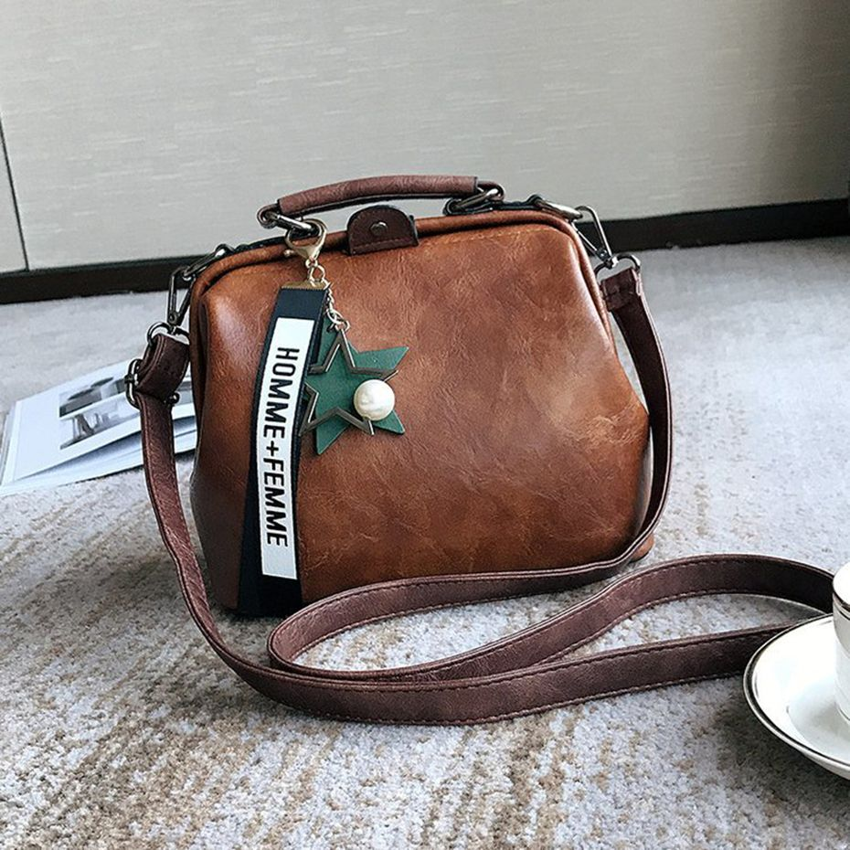 Women Handbag Leather Shoulder Bag Female Doctor Crossbody Handbag Star Pendant Tassel Rivets Casual Famous Brand Women Bags
