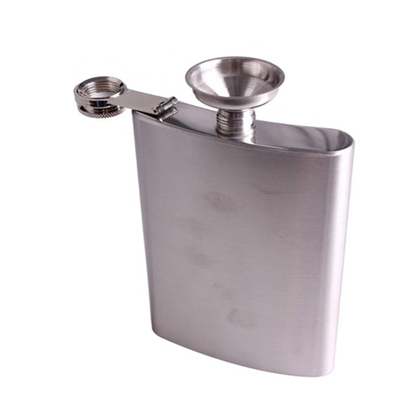 Stainless Steel 18oz Hip Flask Drink Liquor Whisky Alcohol Flask Screw Cap Funnel Portable Drinkware Kitchen Accessories