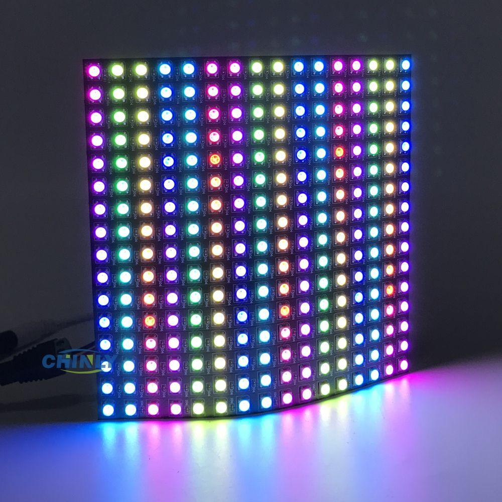 8*8/16*16/8*32 pixel 64 Pixels 256 Pixels 5 V Numérique Flexible panneau Écran Individuellement Adressable Rêve Couleur LED WS2812B