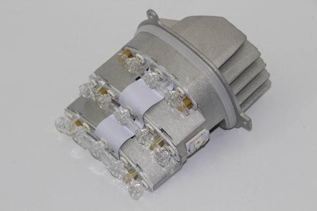 OEM NEW 3-Series Genuine 7245813 Turn Signal Light 63127245813 / 63127245814 for BMW E90 E91 328i 335i 328xi 7245814