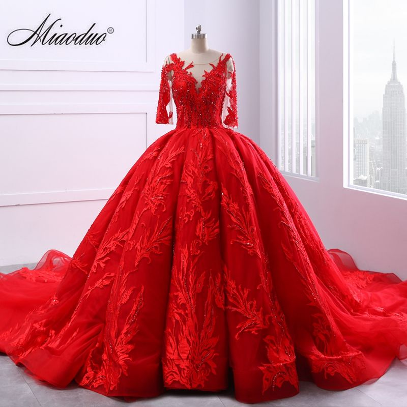 Miaoduo V-neck Lace up Ball Gown Red Wedding Dresses 2018 Lace Appliques Pearls Vestido De Novias Princess Cathedral Train