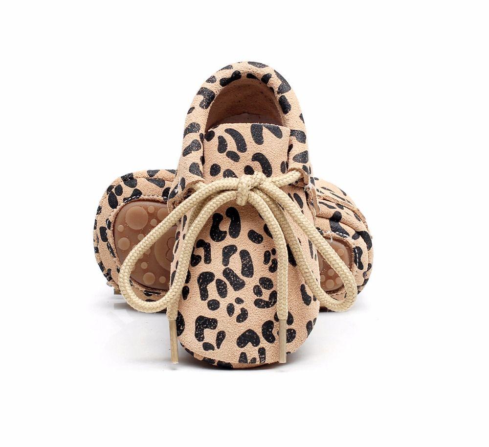 Лидер продаж Новые Натуральная кожа Мокасины жесткий резиновая подошва леопарда на шнуровке Обувь для младенцев новорожденных первые ходу...