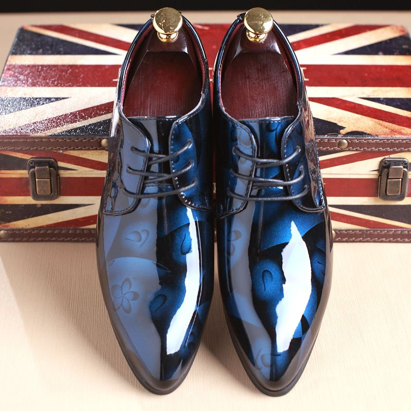 The British Men Shoes Dress Vogue Large Yards Leather Shoes For Men Top Formal Banquet Leather Shoes Danc Male Flat Sneaker