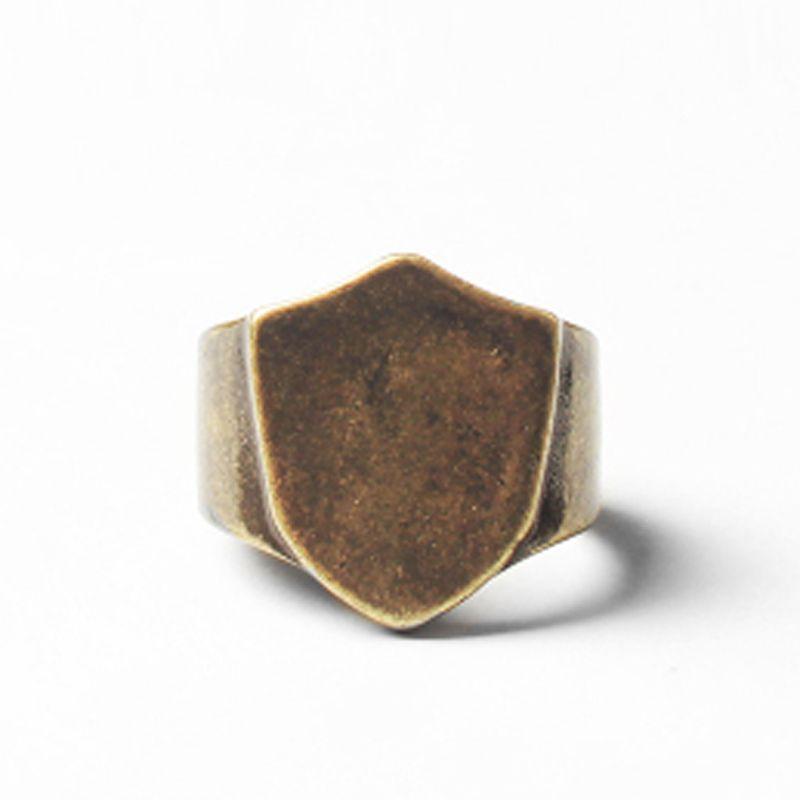Blanc Anneau pour homme 316L acier inoxydable Rétro Titane Homme Bijoux anel masculino Bouclier Anneaux homme bijoux Mens chevalière 2019