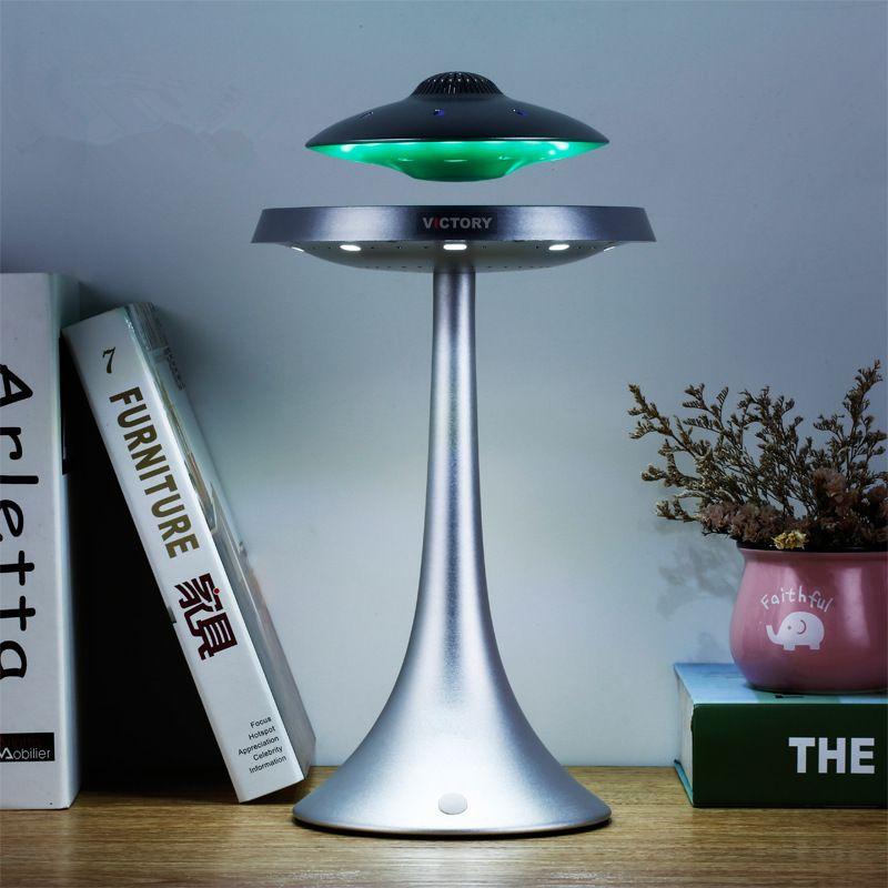Neuheit UFO Magnetische Suspension Smart Bluetooth Lautsprecher Tisch Lampe Farbe Ändern RechargeWireless Schwebenden Bluetooth Schreibtisch Licht