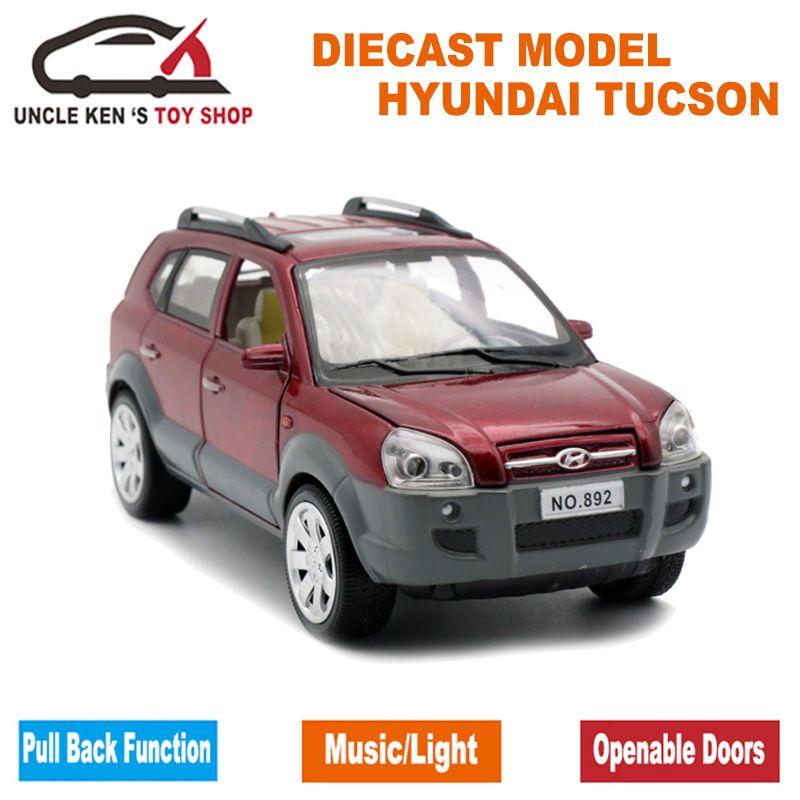 1:24 échelle moulé sous pression Hyundai Tucson modèle, voiture en alliage 18 CM, jouets en métal pour garçons avec boîte-cadeau/fonction de retrait/son léger