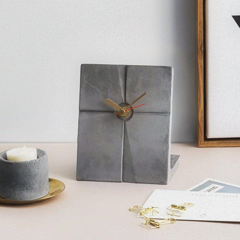 European concrete clock molds creative clocks for living room Nordic simple decoration Bedroom decoration clock cement molds