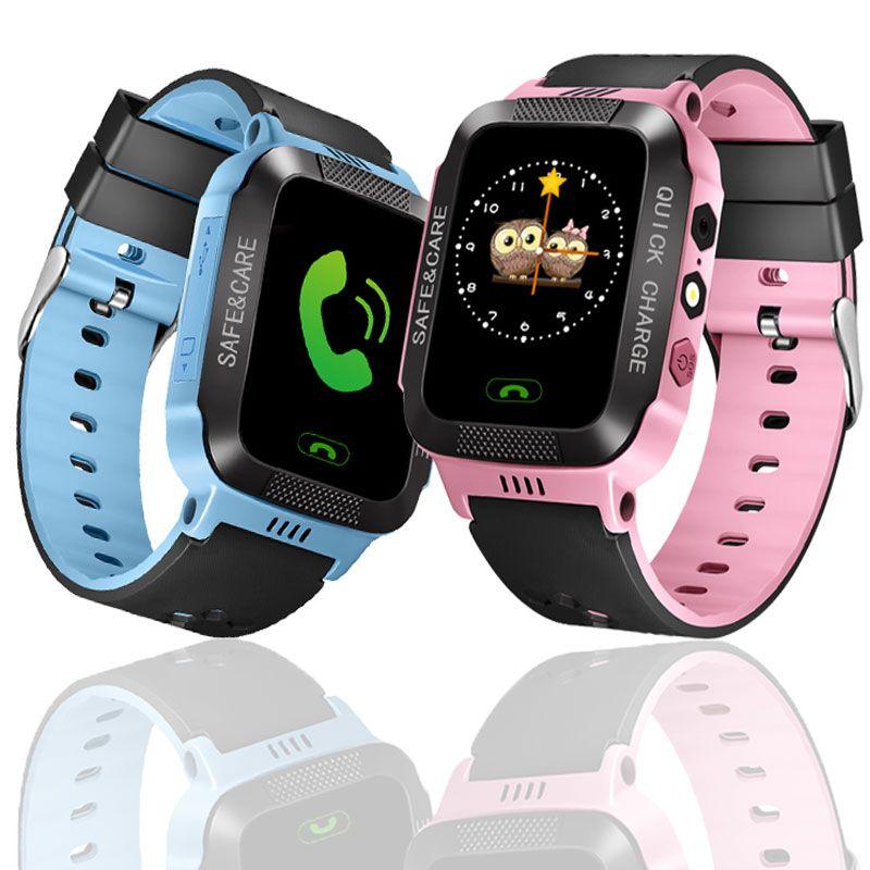 Montre intelligente Pour la Sécurité des Enfants LBS SOS Caméra SIM Appel Bébé Montre-Bracelet Réveil Étanche Cadeau Pour Enfants GPS PK DZ09 GT08 A1