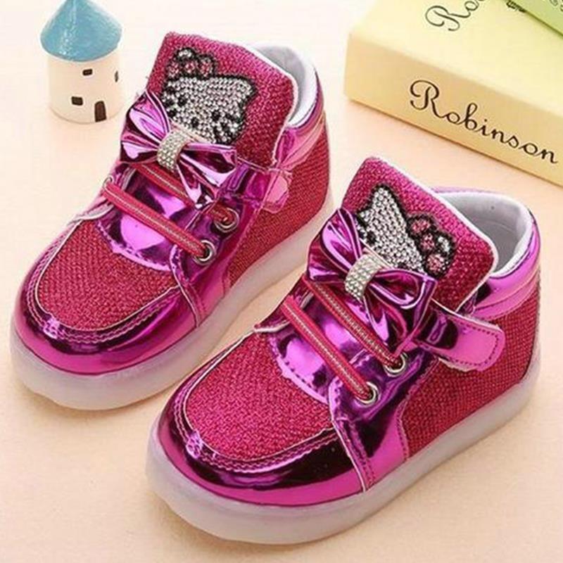 Детская Обувь 2018 Новинка весны рисунок «Hello Kitty» горный хрусталь LED Обувь для девочек принцессы Милая обувь с легкими ЕС 21-30