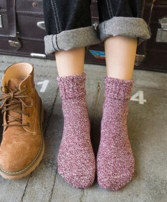 New 10 Pairs one set Jia n bots 2017 Women Fashionable thick Patterns Cotton Winter Socks Cute Cartoon Sock Female Short Socks