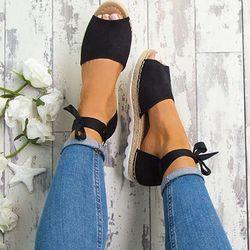 Sandalias Mujer 2018 moda verano Zapatos Mujer Roma tobillo Correa Sandalias planas Casual Peep Toe sandalias de gladiador zapatos de tacón bajo