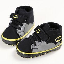 ROMIRUS Mode Bébé Chaussures Garçons Filles En Bas Âge de Bande Dessinée Batman Toile Enfants Chaussures Baskets Casual Lit Bébé Premiers Marcheurs 0-1 T