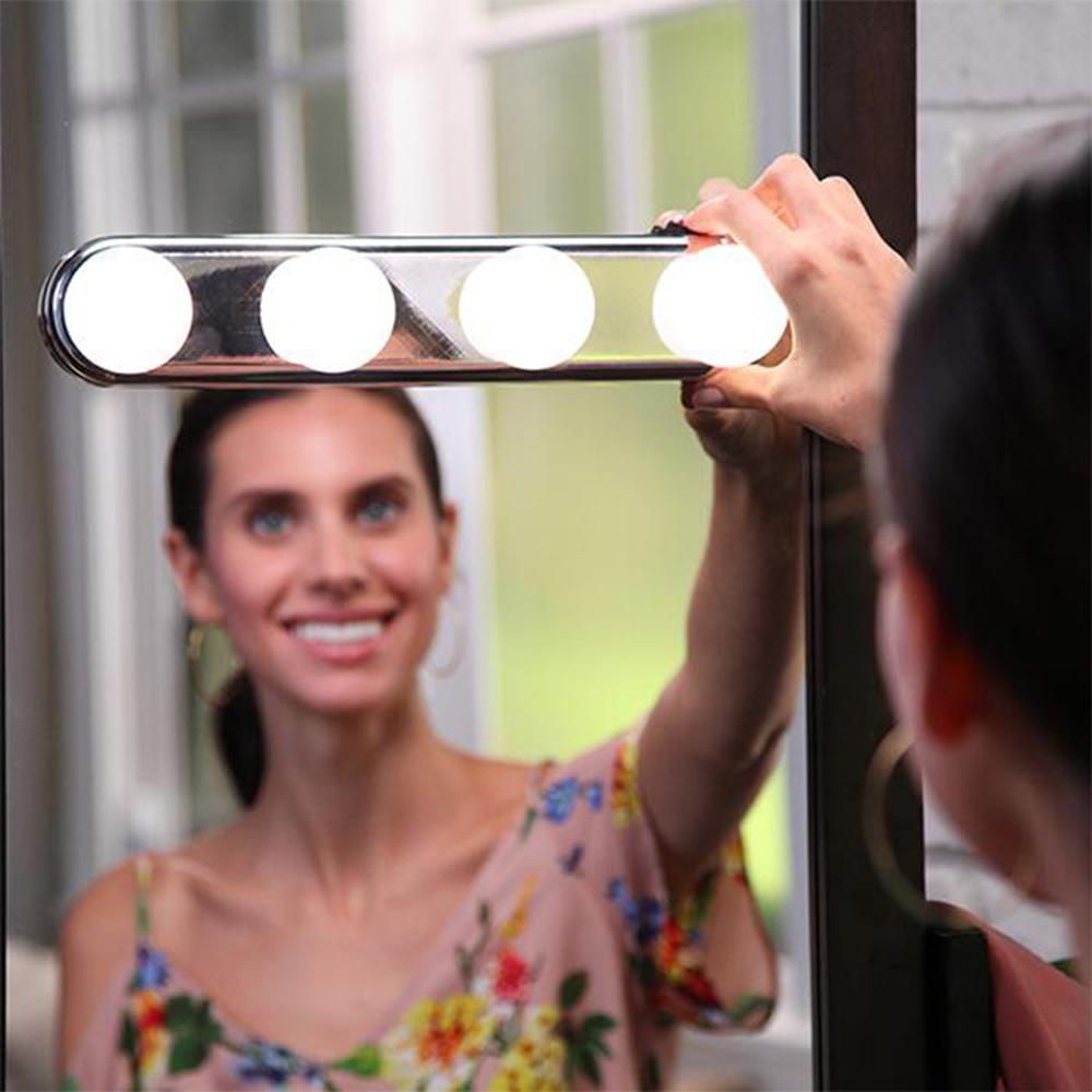 4 ampoule Hollywood LED Maquillage Miroir Lumière Ventouse Installation Coiffeuse Vanité Lumière Salle De Bains Mur Lampe À Piles