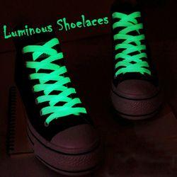 1 пара Спортивная светящаяся шнурка светится в темноте Ночная флуоресцентная спортивная обувь на шнуровке плоские шнурки обуви хит продаж