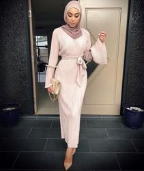 Adulte musulman De Mode Plissée Robe Musulmane Turque Dubaï Haut-Parleur manches Abaya Musulman Robe Arabe Culte wj1867 gros