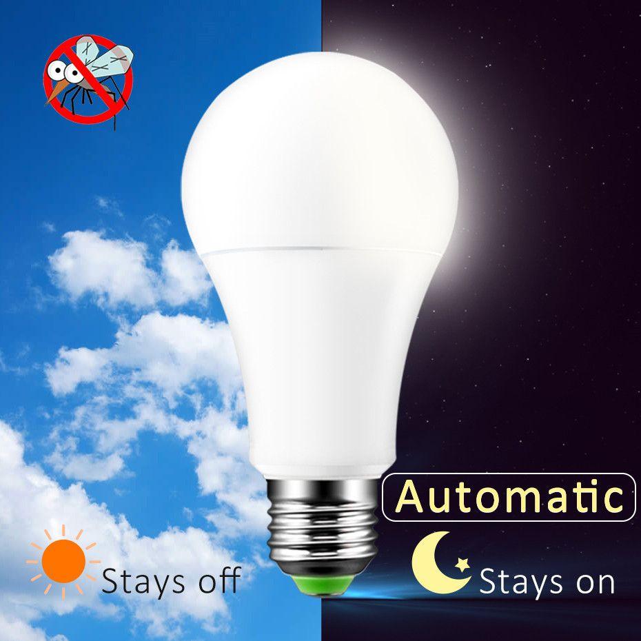 4 stücke Bug Glühbirnen Morgens bis Abends Glühbirne 7 watt 12 watt A60 Outdoor Veranda Licht Sicherheit Smart sensor Beleuchtung 2000 karat LED Auto on/Off