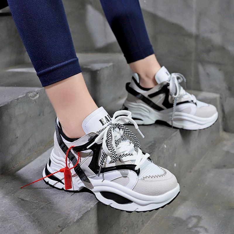 Femmes élégantes chaussures de course augmentant 6CM INS Ulzza Harajuku baskets amorti hauteur plate-forme respirant vague sport marche