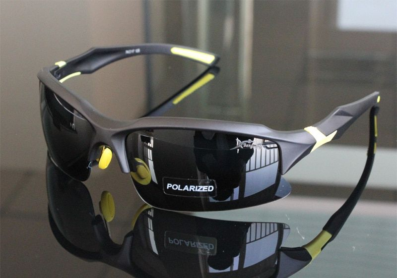 Professionnel Polarisé Vélo Lunettes de Vélo Lunettes De Vélo Sports de Plein Air lunettes de Soleil UV 400 4 Couleur